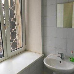Гостиница Hostel Gnezdo Sokol в Москве отзывы, цены и фото номеров - забронировать гостиницу Hostel Gnezdo Sokol онлайн Москва ванная
