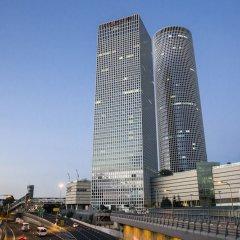 Crowne Plaza Tel Aviv City Center Израиль, Тель-Авив - 9 отзывов об отеле, цены и фото номеров - забронировать отель Crowne Plaza Tel Aviv City Center онлайн вид на фасад