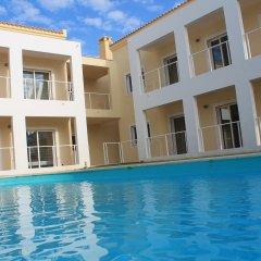 Отель SunHostel Португалия, Портимао - отзывы, цены и фото номеров - забронировать отель SunHostel онлайн бассейн фото 3
