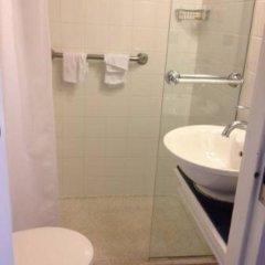 Отель Ashaz Inn ванная