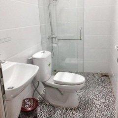 Lens Mini Hotel Далат ванная