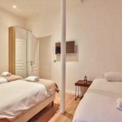 Отель 62 - Luxury Flat Champs-Elysées 1G Франция, Париж - отзывы, цены и фото номеров - забронировать отель 62 - Luxury Flat Champs-Elysées 1G онлайн комната для гостей фото 2