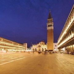 Отель Suites Torre dell'Orologio Италия, Венеция - отзывы, цены и фото номеров - забронировать отель Suites Torre dell'Orologio онлайн пляж