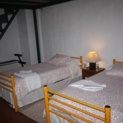 Layos Hostel - Camp комната для гостей фото 3