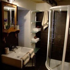 Отель Il Forn Accommodation Мальта, Зеббудж - отзывы, цены и фото номеров - забронировать отель Il Forn Accommodation онлайн ванная