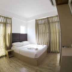 Отель Airport Comfort Inn Maldives Мале комната для гостей фото 5