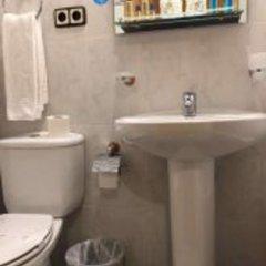 Отель Hostal Odesa ванная