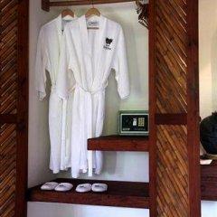 Отель Casa Cuitlateca Мексика, Сиуатанехо - отзывы, цены и фото номеров - забронировать отель Casa Cuitlateca онлайн сейф в номере