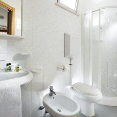 Отель Capinera Римини ванная