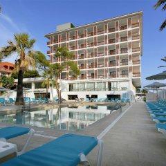 Отель Talayot бассейн