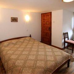 Отель Nenchova Guest House сейф в номере