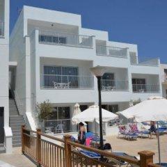 Отель Sweet Memories Hotel Apts Кипр, Протарас - отзывы, цены и фото номеров - забронировать отель Sweet Memories Hotel Apts онлайн пляж