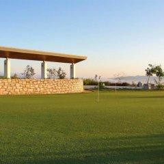 Отель Capital Coast Resort & Spa спортивное сооружение