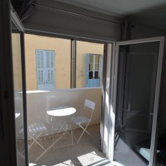 Отель MyNice Port Lympia балкон