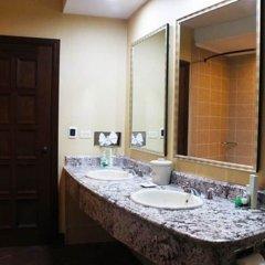 Отель Plaza Juancarlos Гондурас, Тегусигальпа - отзывы, цены и фото номеров - забронировать отель Plaza Juancarlos онлайн ванная