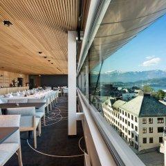 Отель Scandic Parken Норвегия, Олесунн - отзывы, цены и фото номеров - забронировать отель Scandic Parken онлайн балкон