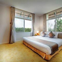 Отель Muong Thanh Da Lat сейф в номере