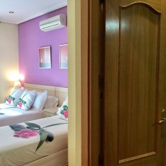 Отель Hostal Luz Испания, Мадрид - 7 отзывов об отеле, цены и фото номеров - забронировать отель Hostal Luz онлайн комната для гостей фото 3
