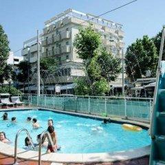 Hotel Executive La Fiorita бассейн фото 2