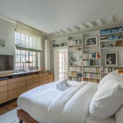 Отель Veeve Beautiful Loft on Rue Quincampoix Париж комната для гостей фото 3
