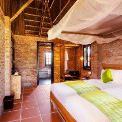 Отель Boutique Cam Thanh Resort сейф в номере
