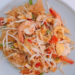 My Home 22-female Hostel Бангкок питание