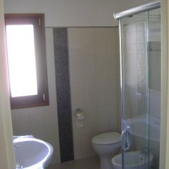 Отель La Rosa Синискола ванная