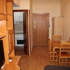 Отель Madrid 3000 сейф в номере