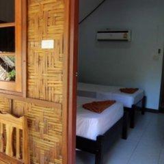 Отель Phi Phi Dusit Bungalow комната для гостей фото 3