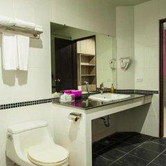 Отель R-Con Wong Amat Suite ванная фото 2