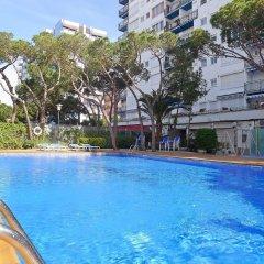 Отель Santa Cruz - INH 27247 Бланес бассейн фото 2