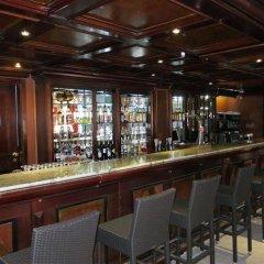 Отель Portals Palace гостиничный бар
