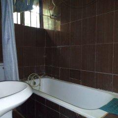Отель De-Aces Hotels & Conference Centre ванная фото 2