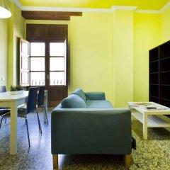 Отель Living Puerto Валенсия комната для гостей