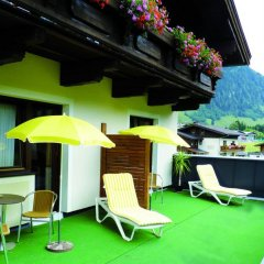 Lori Berd Resort Hotel бассейн