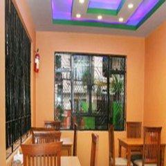 Отель Thamel Backpackers Home Непал, Катманду - отзывы, цены и фото номеров - забронировать отель Thamel Backpackers Home онлайн питание