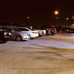 Отель Crown Motel США, Лас-Вегас - отзывы, цены и фото номеров - забронировать отель Crown Motel онлайн парковка