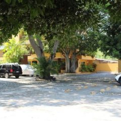 Отель Los Mangos Мексика, Сиуатанехо - отзывы, цены и фото номеров - забронировать отель Los Mangos онлайн парковка