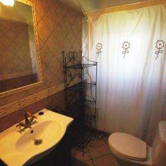 Отель Casas Con Piscina En Roches Испания, Кониль-де-ла-Фронтера - отзывы, цены и фото номеров - забронировать отель Casas Con Piscina En Roches онлайн ванная