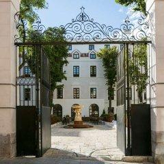 Отель Gran Melia Palacio De Los Duques фото 4