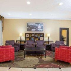 Отель Days Inn by Wyndham Washington DC/Gateway интерьер отеля фото 2