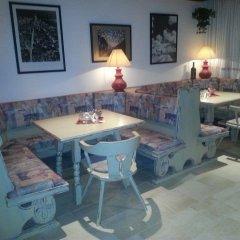 Отель Ferienclub Breitenbergerhof Италия, Чермес - отзывы, цены и фото номеров - забронировать отель Ferienclub Breitenbergerhof онлайн питание фото 3