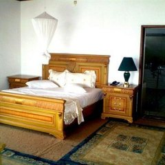 Отель Top Hill Residence Kiriri комната для гостей