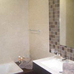 Отель Hal Saghtrija Мальта, Зеббудж - отзывы, цены и фото номеров - забронировать отель Hal Saghtrija онлайн ванная