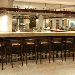 Отель Beach Club Font de Sa Cala гостиничный бар