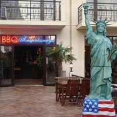 Отель В Американском Отеле Болгария, Поморие - отзывы, цены и фото номеров - забронировать отель В Американском Отеле онлайн питание