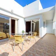 Отель Mike & Lenos Tsoukkas Seaview Apartments Кипр, Протарас - отзывы, цены и фото номеров - забронировать отель Mike & Lenos Tsoukkas Seaview Apartments онлайн балкон