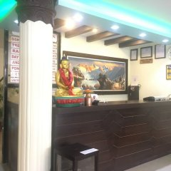 Отель Fewa Holiday Inn Непал, Покхара - отзывы, цены и фото номеров - забронировать отель Fewa Holiday Inn онлайн интерьер отеля