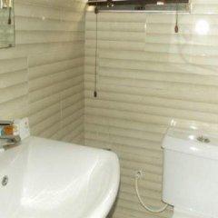 Отель Annes Luxury Suites Ltd ванная фото 2