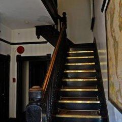 Отель Vancouver Hideaway Guesthouse Канада, Ванкувер - отзывы, цены и фото номеров - забронировать отель Vancouver Hideaway Guesthouse онлайн интерьер отеля фото 2